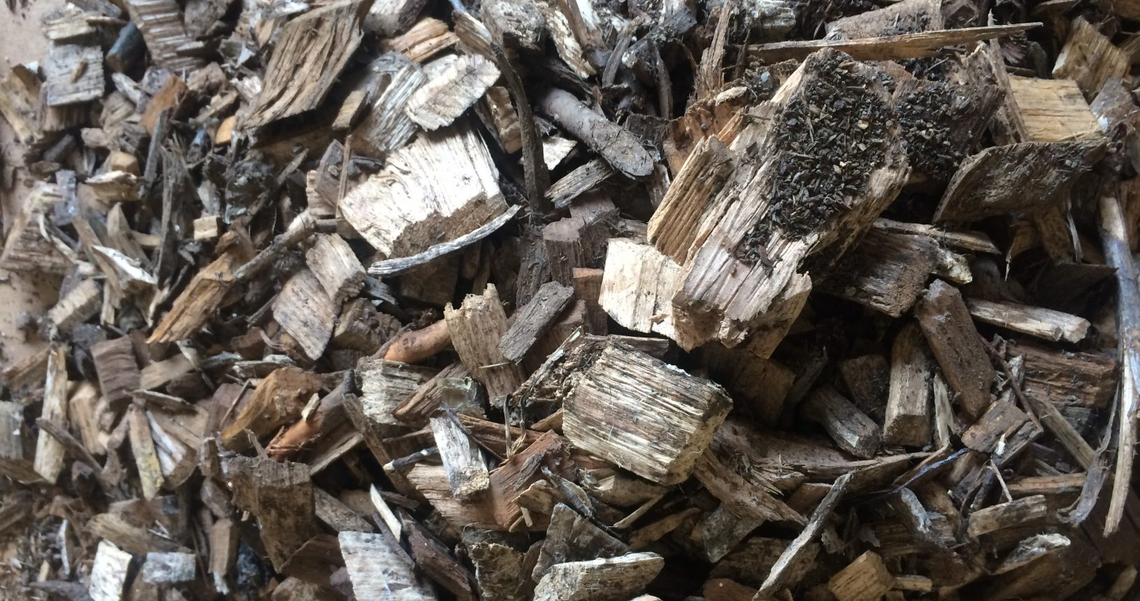 The environmentally friendly biodegradable core of the Silt Saver Chip Wattle is made up of kiln dried wood chips such as those pictured here.